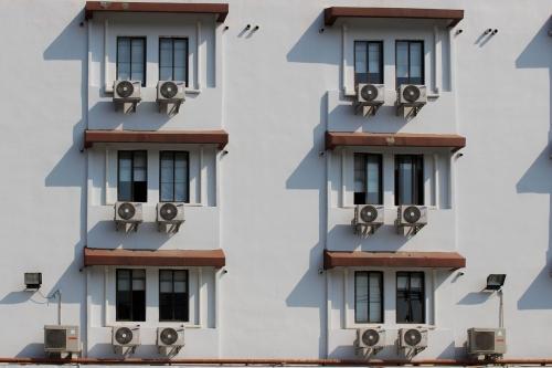 air-conditioner-2106343_1280